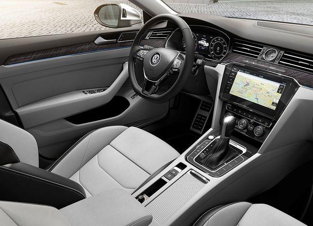 Samochody Volkswagena nie będą już wyposażone w gniazdo AUX