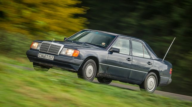 Milion kilometrów za kierownicą mercedesa w124. Ile to kosztuje?