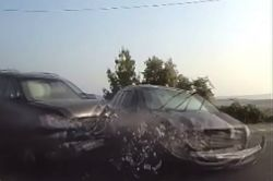 #dziejesiewmoto [394]: oko za oko, motocyklowy stunt i festyn Koenigsegga