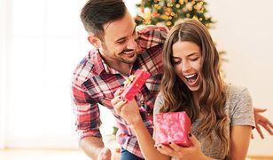 Wybór odpowiedniego prezentu dla dziewczyny nie należy do najprostszych