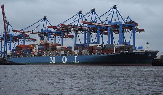 Japońskie statki w europejskich portach są skażone?