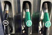 Idąc do banku oszczędzisz na paliwie