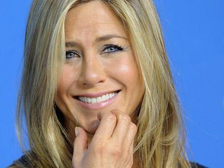Jennifer Aniston szuka sukni ślubnej