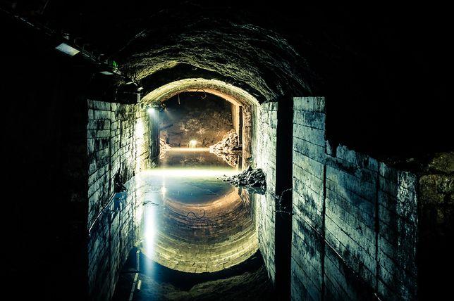 Podziemne laboratorium - błyskawica w podziemiach