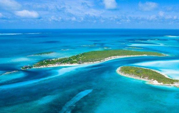 Fowl Cay, Bahamy