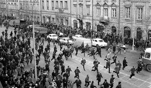 Marzec 1968 - zamieszki na Krakowskim Przedmieściu w Warszawie