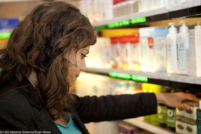 Stojąc przed półką w drogerii łatwo się pogubić. Na które kosmetyki warto wydać więcej?