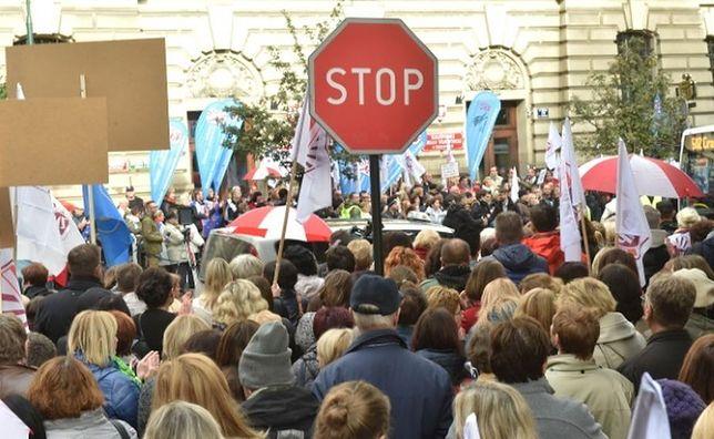 Protest przeciwko CETA. Utrudnienia w ruchu