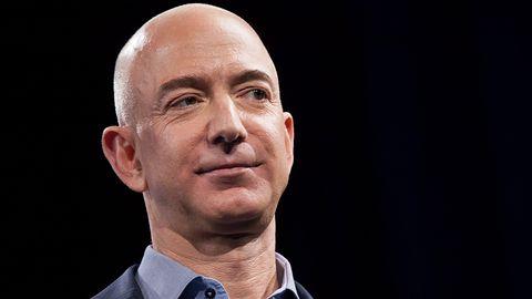 """""""Wydawaj"""" pieniądze jak Jeff Bezos, Mark Zuckerberg czy Donald Trump"""