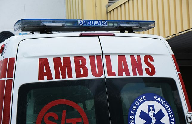 Koronawirus w Polsce. Atak na ratownika medycznego. Otrzymał osiem ciosów nożem w klatkę piersiową