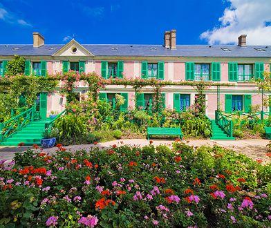 Na wiejską posiadłość w Giverny, 80 kilometrów od Paryża, Monet trafił przypadkiem