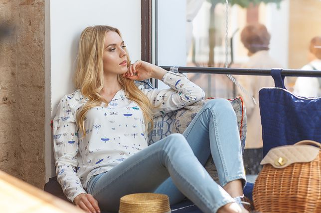 Jak kupować jeansy bez mierzenia? Skorzystaj z banalnych trików.