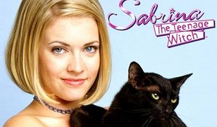 """Pamiętacie """"Sabrinę - nastoletnią czarownicę""""? Melissa Joan Hart spotkała się z przyjaciółmi z dawnego serialu"""