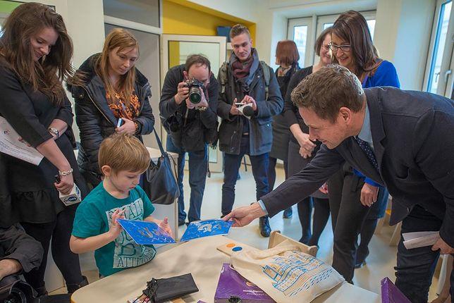 Rafał Trzaskowski odwiedził dzieci z autyzmem. To pierwsze takie przedszkole w stolicy