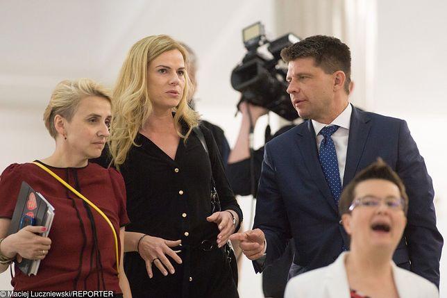 Rok 2016. Nowoczesna jest jeszcze wielka rodziną. (od lewej): Joanna Scheuring-Wielgus, Joanna Schmidt, Ryszard Petru i Katarzyna Lubnauer