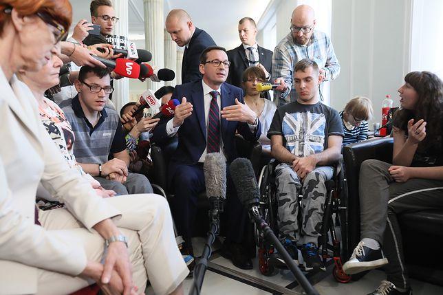 """Morawiecki zapowiada """"daninę solidarnościową"""""""