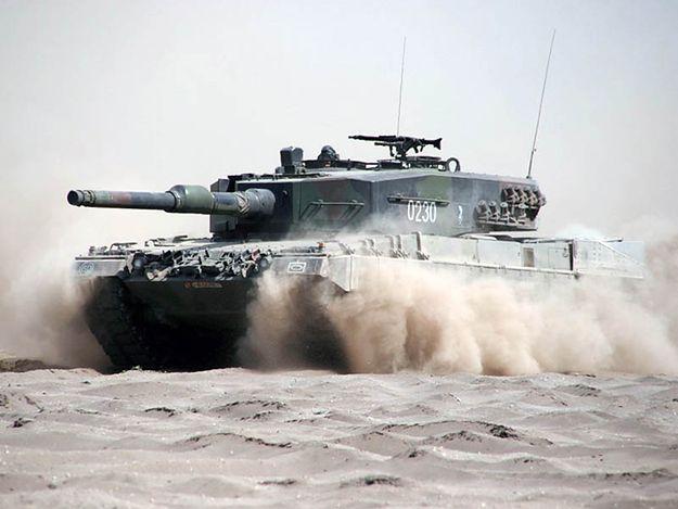 Wadliwa amunicja przyczyną śmiertelnego pożaru czołgu w Świętoszowie