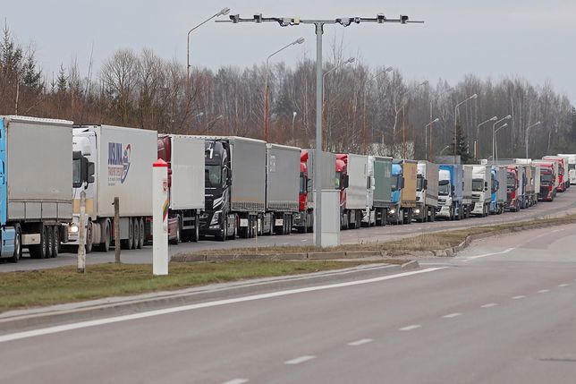 Po zamknięciu granic UE na przejściach utworzyły się gigantyczne kolejki