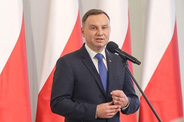 Prezydent Andrzej Duda też chce pozbyć się sędziów? Ma to zrobić spokojniej niż PiS