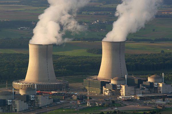 Niezidentyfikowane drony nad francuskimi elektrowniami atomowymi. Wszczęto śledztwo