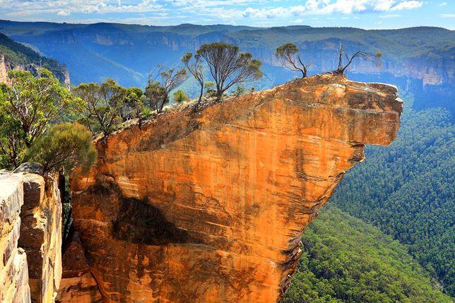 Nad przepaścią - Hanging Rock, Australia