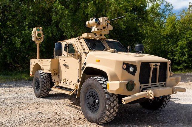 Laser Boeinga do zwalczania dronów można montować na pojazdach