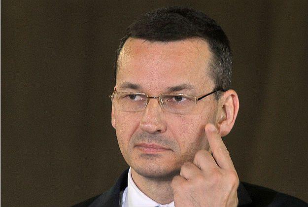 """Morawiecki słowami ws. 500+ naraził się na krytykę wewnątrz PiS. """"Premier jest wściekła"""""""