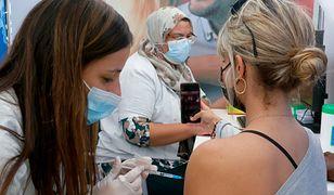 W Izraelu szczepią już trzecią dawką. Coraz większy niepokój przed wariantem Delta koronawirusa