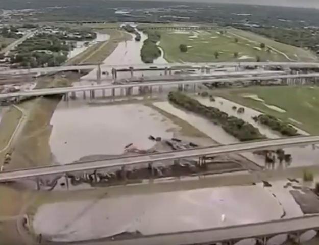 Gwałtowne deszcze i powodzie w Houston