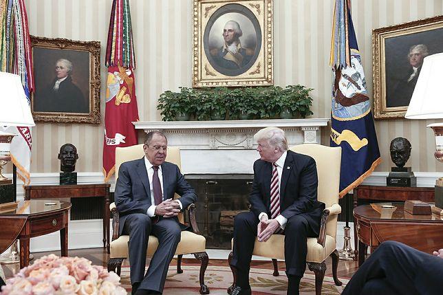 Szef MSZ Rosji Siergiej Ławrow i prezydent USA Donald Trump