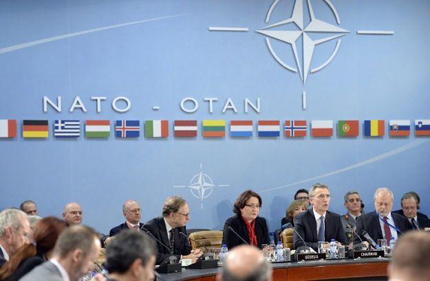 NATO potwierdza, że rozważa wysłanie czterech batalionów na wschodnią flankę