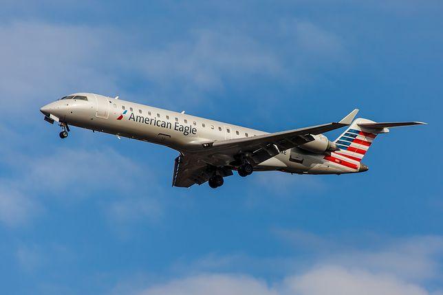 Samolot wypadł z pasa startowego na lotnisku w Chicago