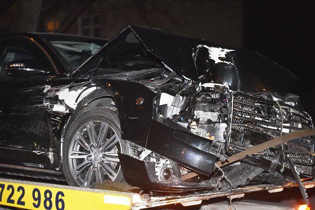 Prokurator razem z mężem pracowała na miejscu wypadku premier Szydło