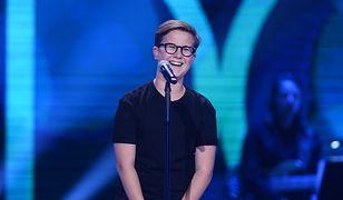 """13-letni Antek Szydłowski zachwycił talentem na scenie """"The Voice"""""""