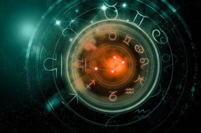 Horoskop dzienny na poniedziałek 13 listopada