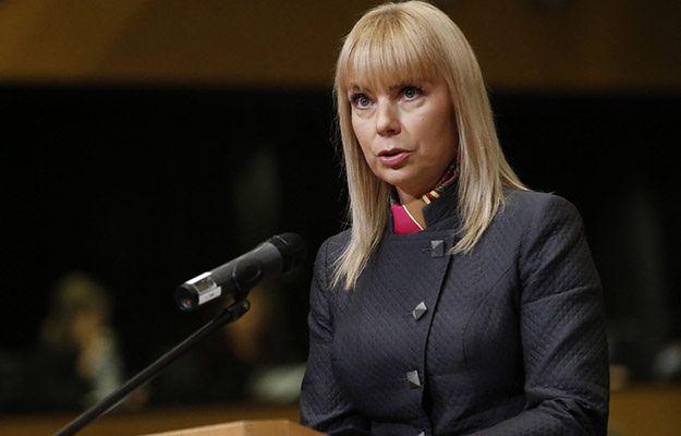 Elżbieta Bieńkowska w grudniu 2014 r.