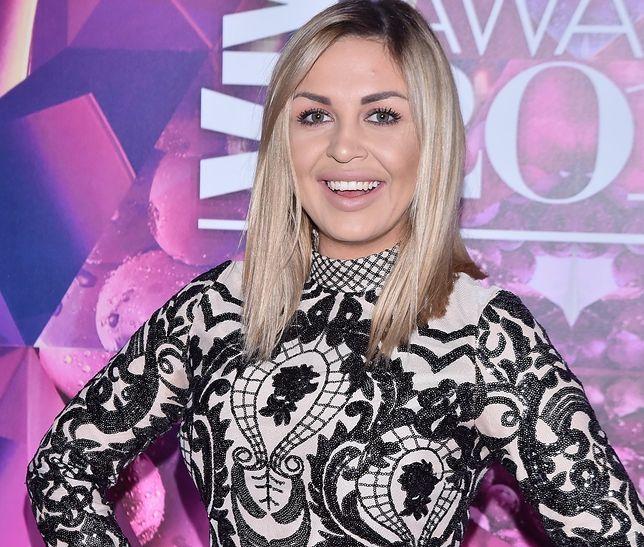 """Julia Jaroszewska z programu """"Projekt Lady"""" w sukni ślubnej. Odważna kreacja"""