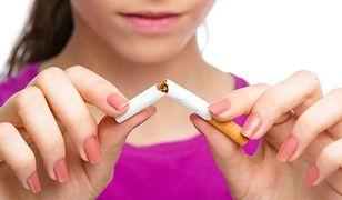 Można rozstać się z papierosami podczas snu?