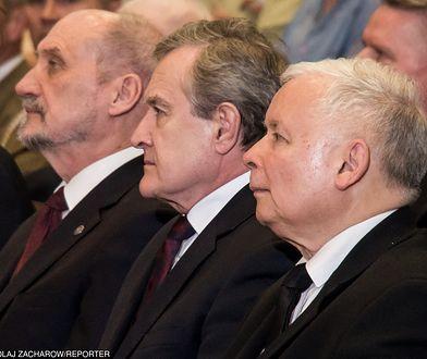 Profesor Gliński szybko pokazał, że chce być nie tyle ministrem kultury, co wojny kulturowej