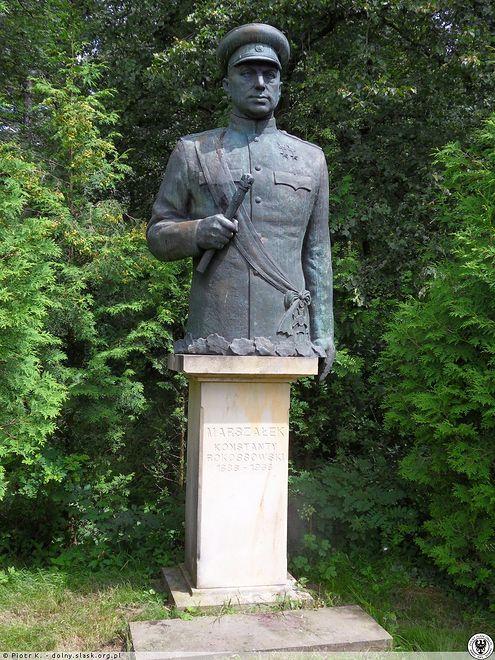 Legnica. MSZ Rosji oburzone kradzieżą pomnika Rokossowskiego