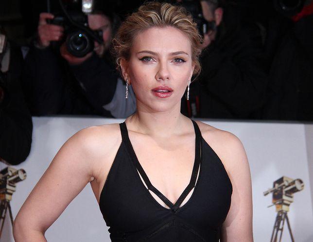 Scarlett Johansson wspiera Woddy'ego Allena