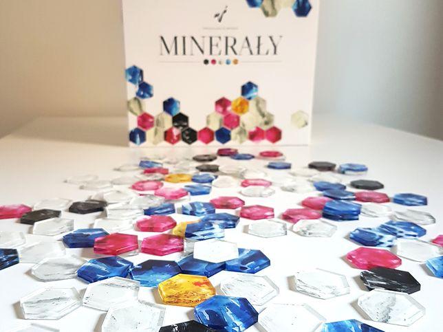 Minerały, IUVI Games