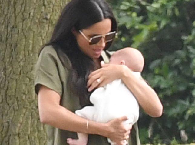 Księżna Meghan ze swoim pierwszym dzieckiem