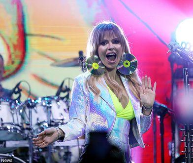 Doda występowała z zespołem Virgin od początku jego istnienia