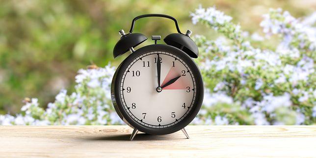 Zmiana czasu 2019 - kiedy wprowadzamy czas letni?