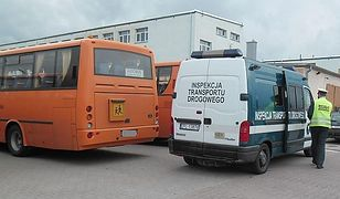 Autobusy szkolne w bardzo kiepskim stanie