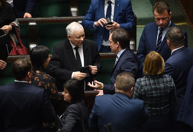 PiS grozi implozja? Dwie pułapki, których partia rządząca musi uniknąć