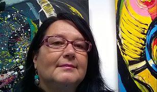 Beata Pflanz ma 57 lat. W 2006 roku z wyróżnieniem ukończyła malarstwo na poznańskim ASP