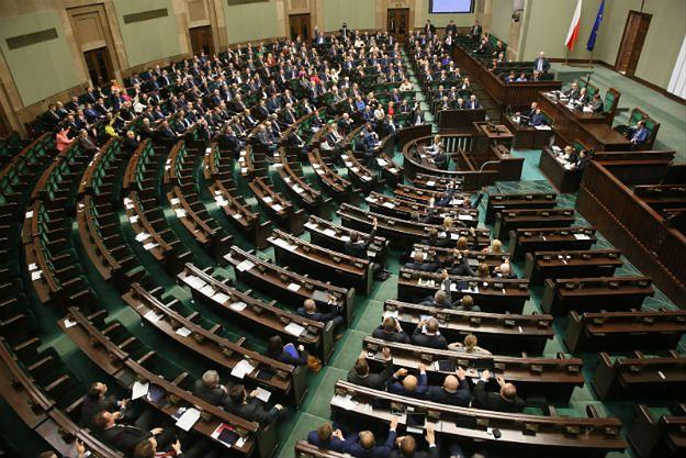 Sejm uchwalił nowelizację ustawy o Trybunale Konstytucyjnym