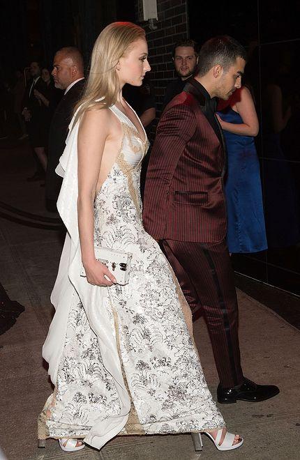 Sophie Turner i Joe Jonas zaręczyli się! Nie za szybko?